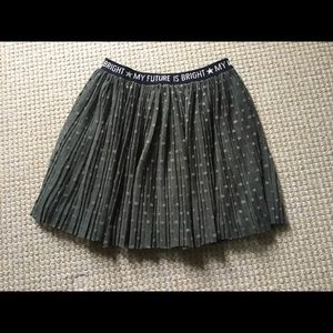 Zara Girls Olive Green Flowy Skirt, Size 6/7